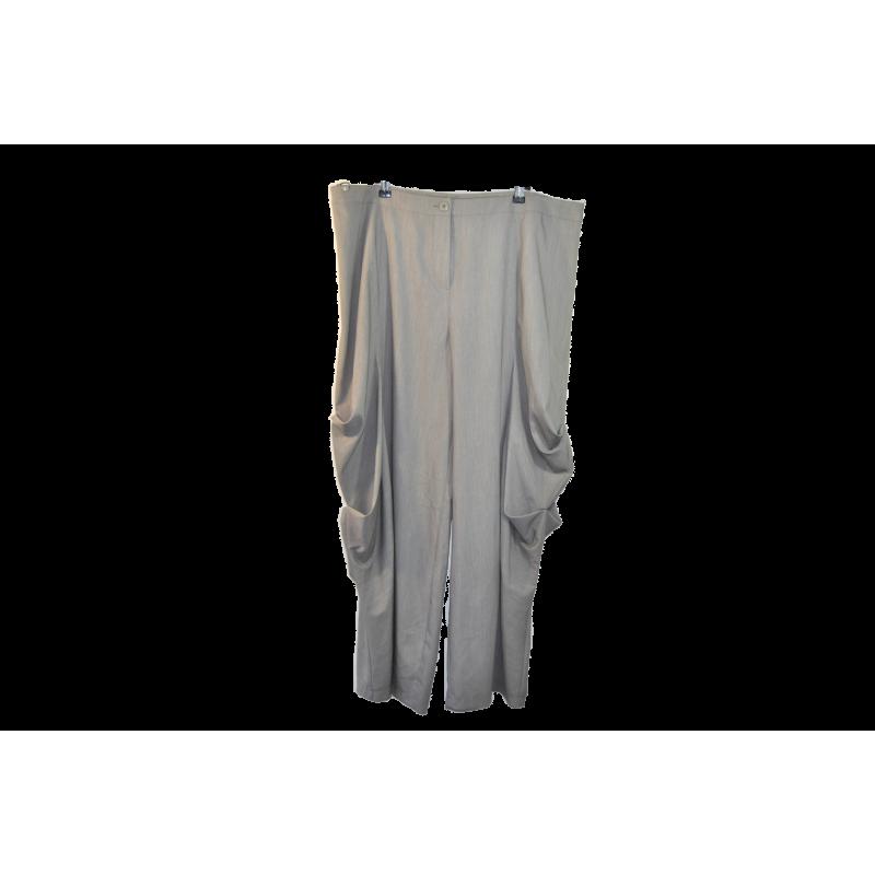 Pantalon Lauren Vidal, taille XXXL Lauren Vidal Pantalon Occasion Femme Taille XXL 48,00€